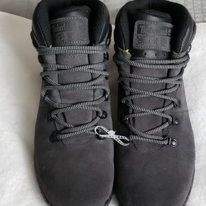 Timberland | NWOB Men's Boots Size 9